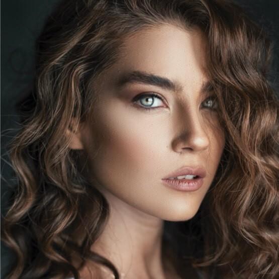 Η eyebrows expert θα μεταμορφώσει την εμφάνισή σας